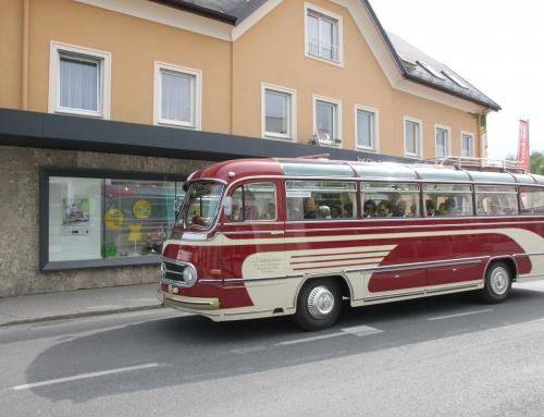 Museumsroas mit dem Oldtimer-Bus